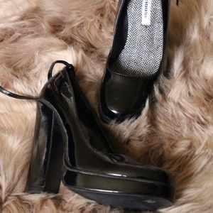 Patent Leather School Girl Chunky Heels Size 6.5